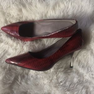 KENNETH COLE RED HEELS